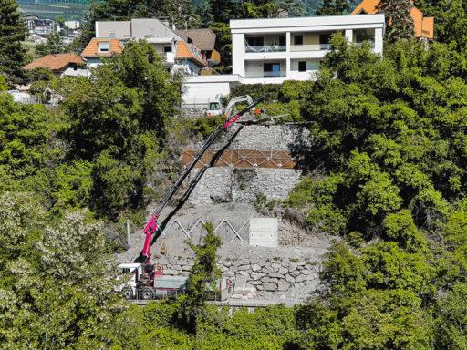 Lavori di ripristino definitivo dello scivolamento di versante nel vicolo Lazago